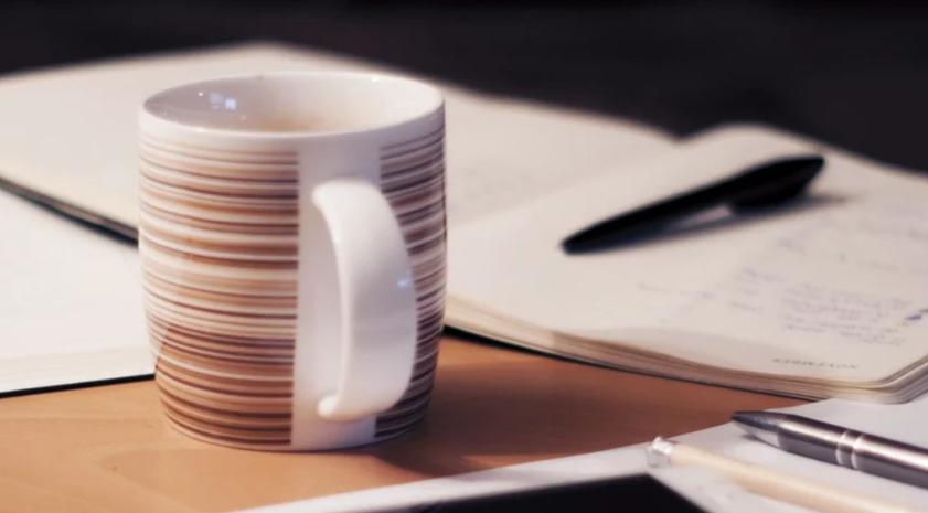 Cetak Merchandise Mug Custom Online di Pontianak